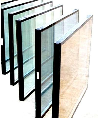 تعویض شیشه شکسته سندبلاست پنجره یو پی وی سی