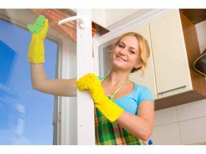 تمیز کردن پنجره های دوجداره یو پی وی سی