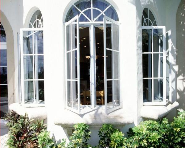 پنجره یو پی وی سی چندضلعی