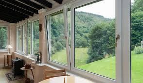 خرید پنجره سه جداره عایق مخصوص ویلا کرج